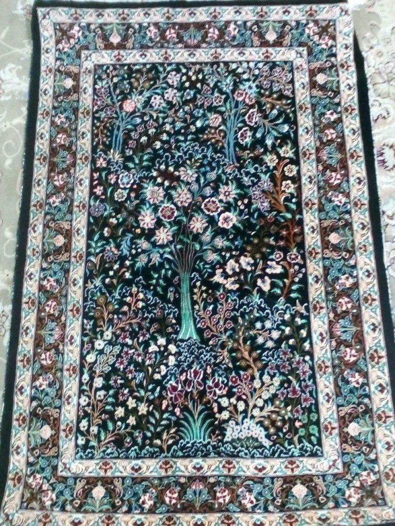 قیمت فرش دستبافت ابریشم