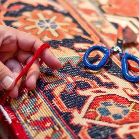 رفوگری و مرمت فرش دستباف