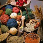اظهارنظر رییس مرکز ملی فرش ایران در رابطه با تخصیص اعتبار جهت راه اندازی کارگاههای ریسندگی و رنگرزی و اهمیت بیمه قالیبافان برای حفظ میزان تولید و توسعه هنر صنعت فرش دستباف